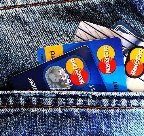Guía de uso de tarjetas de crédito si viajas al extranjero